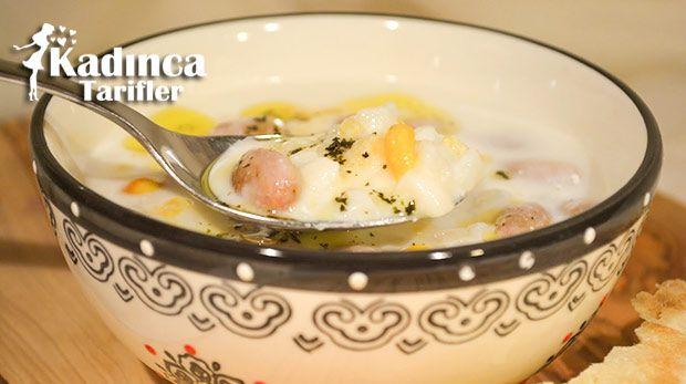 Mısır Yarması Çorbası Tarifi nasıl yapılır? Mısır Yarması Çorbası Tarifi'nin malzemeleri, resimli anlatımı ve yapılışı için tıklayın. Yazar: Yemek Yolculuğu