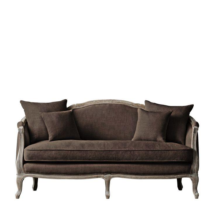Dalial Sofa диван (162x72x91 см)             Метки: Маленькие диваны.              Материал: Ткань, Дерево.              Бренд: Gramercy Home.              Стили: Классика и неоклассика.              Цвета: Темно-коричневый.