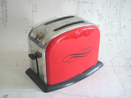 retro toasters | ve seen a load of toy toasters, but this is the first one I've found ...