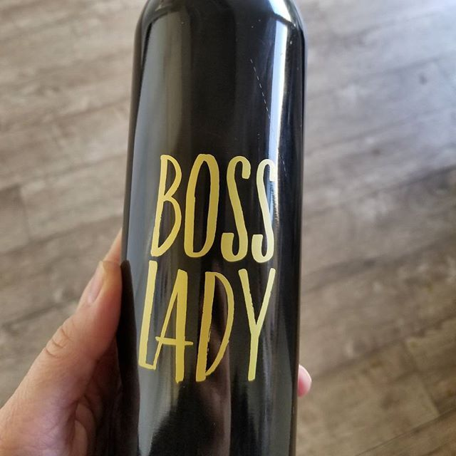 Real Estate agent and health coach with a big day ahead 😉 #ambition #blackandgold #capableofanything #careerdriven #bosswoman #bossbabes #boss #bosslady #bosslife #determinedtosucceed #defytheodds #everyday #homes #independentwoman #luxuryhomes #luxelife #luxuryhome #lifeisgood #lifestyle #millionairemindset #milliondollarlisting #realestateinvestor #realestateagent #realestate #smoothies #coffee #worklifebalance #youcreateyourownreality #badass - posted by Real Estate and Healthy Living…