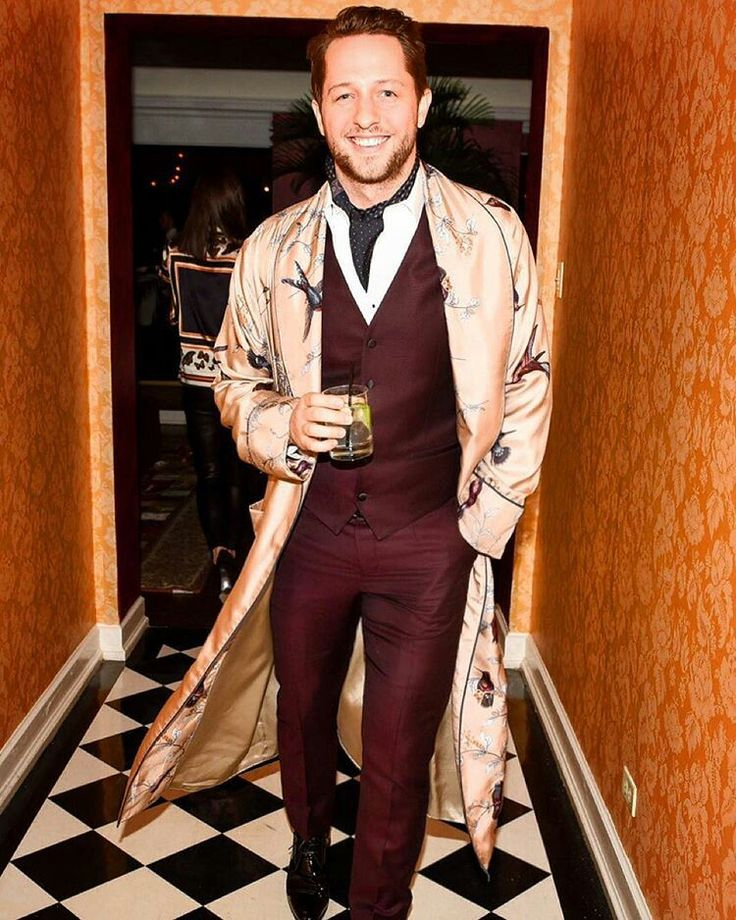 Dolce & Gabbana 2016 Los Angeles Chateau Marmont Fashion Pyjama Party. @derekblasberg is coming smiling and sipping a cocktail at the #DGPYJAMAPARTY event in Los Angeles. Photo by @bfa for @dolcegabbana.