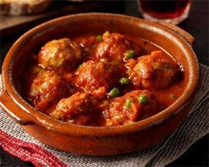 Meatballs in tomato sauce made using storecupboard ingredients and basic veg tastes gorgeous.