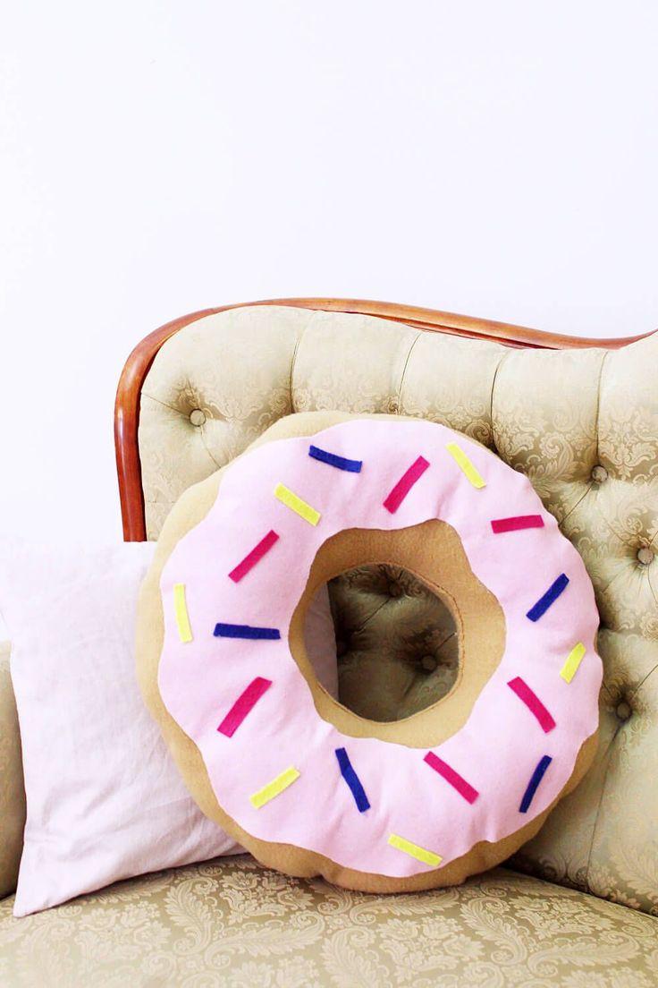 die besten 17 ideen zu selbstgemachte m bel auf pinterest. Black Bedroom Furniture Sets. Home Design Ideas