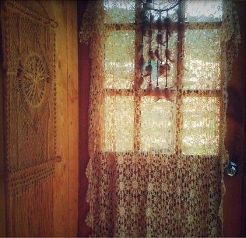 sweet hippie window | All Things Boho | Pinterest ...