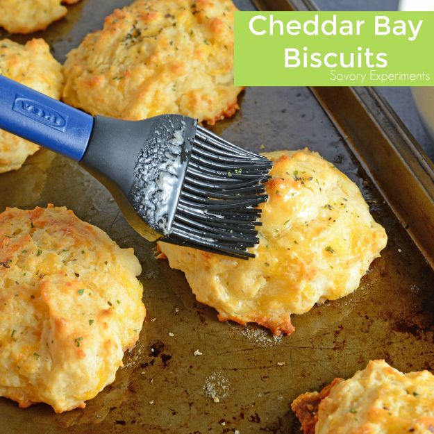 50 More Best Copycat Recipes From Top Restaurants - Copycat Red Lobster Cheddar Bay Biscuits - Awesome Recipe Knockoffs and Recipe Ideas from Chipotle Restaurant, Starbucks, Olive Garden, Cinabbon, Cracker Barrel, Taco Bell, Cheesecake Factory, KFC, Mc Donalds, Red Lobster, Panda Express http://diyjoy.com/best-copycat-restaurant-recipes