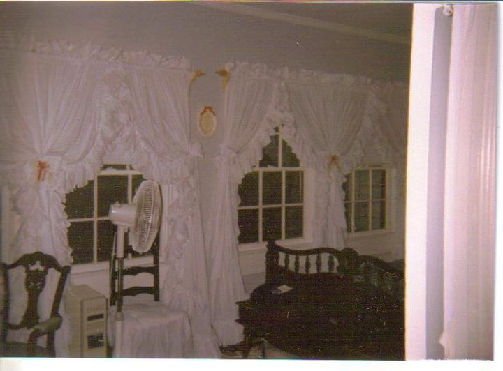 1000 Images About Priscilla Criss Cross Curtains Dorothy