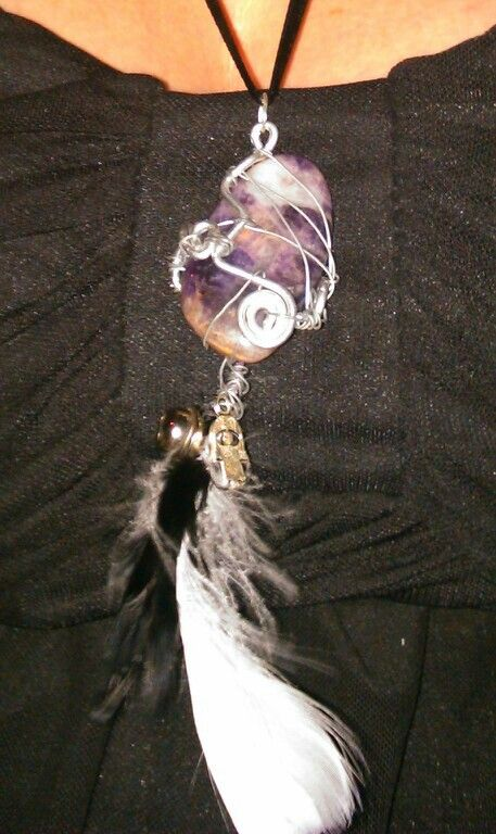 Amethyst, feathers and charms necklace