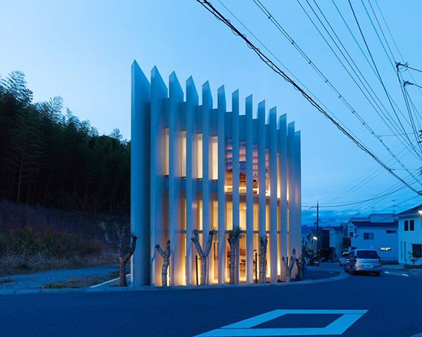 House in Muko by FujiwaraMuro Architects, is a family house in the Kyoto prefecture. It's composed by a single double-height space, with a mezzanine level!