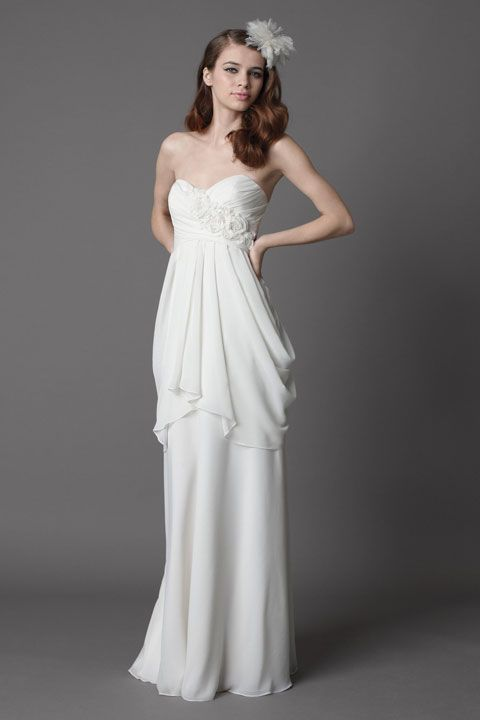 Fashionable sweetheart empire waist chiffon wedding dress