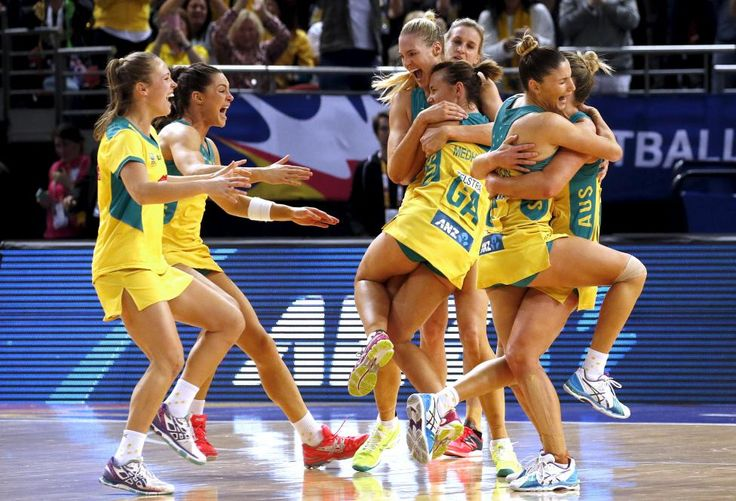 Members of the Australian team celebrate after winning their Netball World Cup final game against New Zealand in Sydney, Australia, August 16, 2015. REUTERS/David Gray