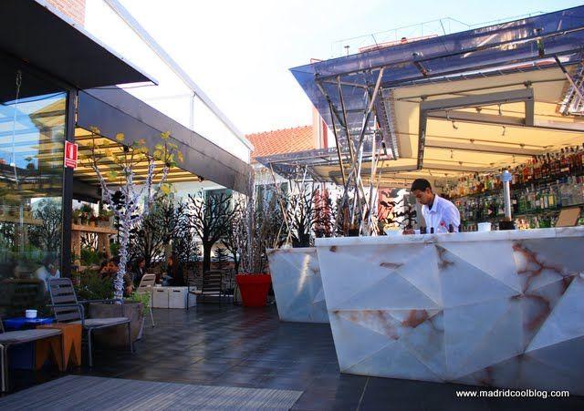 mercado san anton  | Madrid al sol. Terraza del Mercado de San Antón.