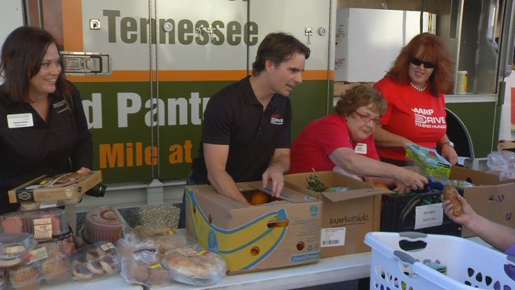 NASCAR Driver Jeff Gordon made a pit stop at the mobile food pantry run by Second Harvest Food Bank of Northeast Tennessee on Thursday.  He helped sort, package, and distribute food.