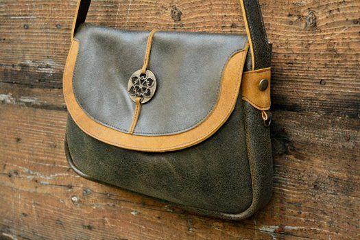 Sac Kora vert, MAY WOOK créatrice su sud, cuir maroquinerie, maroquinier, leatherbag