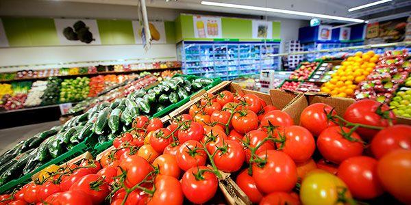 Illuminiamo il vostro #Supermercato con #efficienza #luce ottimale e #colori perfetti per tutte le #zone del pdv http://ow.ly/wqEf30bERqM  REMA 1000 - Haugesund, Norvegia