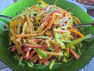 Ülkemizden ve Uzak Doğudan Nefis Yemek Tarifleri: Hardal Soslu Tavuk Salatası