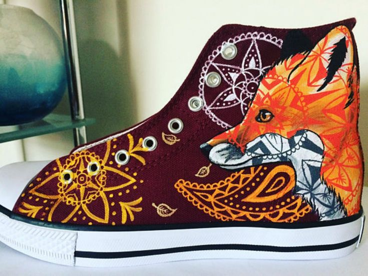 Wow! Love these handpainted sneakers I found on Etsy. Gorgeous fox and Mandala design #ad #Etsy #fox