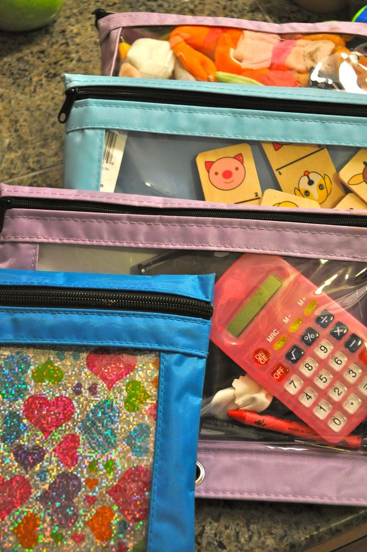 Ideas for travel with kids. Activity sets to make and keep in car or carry-on for airplane trips.