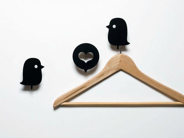 Gancio a parete in metallo BIRDS AND HEART BLACK by Domestic | design Rolito
