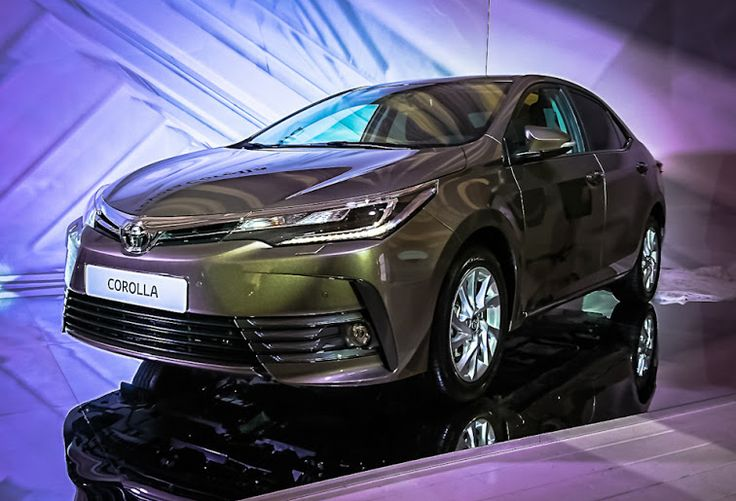 Toyota unveiled a 2017 facelift version of the Corolla Altis today. This 2017 model will go on sale first in Russia by the end of this year and is expected to touch the showroom floors in India by mid-2017.