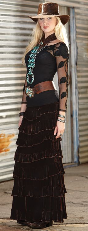 Velvet Princess Skirt. marrikanakk.com - #CowgirlChic