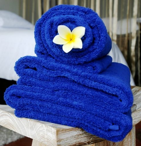 Rich, thick and absorbent, with a luxurious hand, the Ultimate bath towel collection is an essential for the well-appointed bathroom. Super-soft Egyptian combed cotton delivers a different bath sensation