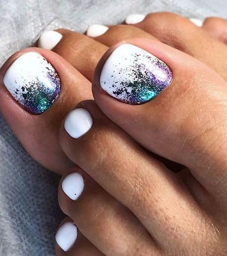 Stunning colored toe nail design – Nageldesign