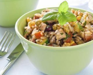Aiguilletes de poulet au riz et légumes