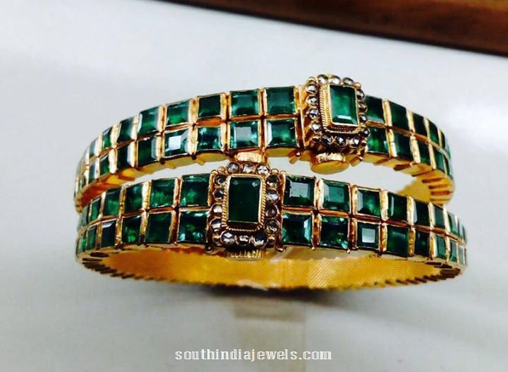 Antique Emerald Bangle Designs, Emerald Bangles with uncut diamonds, Gold Bangle design with emerald and uncut diamonds.