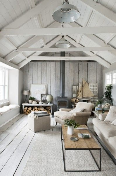A look into a fishing cottage in Cornwall from Annie Sloan's Room Recipes for Style and Color | Enter for a chance to win a free copy | Giveaway open to residents of US and Canada | Photography by Christopher Drake | Via Finding Silver Pennies