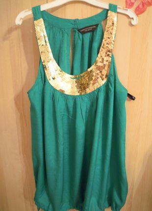 Kupuj mé předměty na #vinted http://www.vinted.cz/damske-obleceni/topy-and-tank-topy-bez-rukavu/8413533-zeleny-top-se-zlatymi-flitry-dorothy-perkins