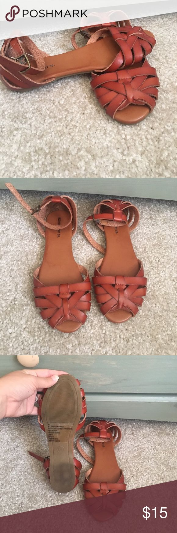 LIKE NEW WORN 1x Sandals Deer brown leather sandals Mossimo Supply Co Shoes Sandals