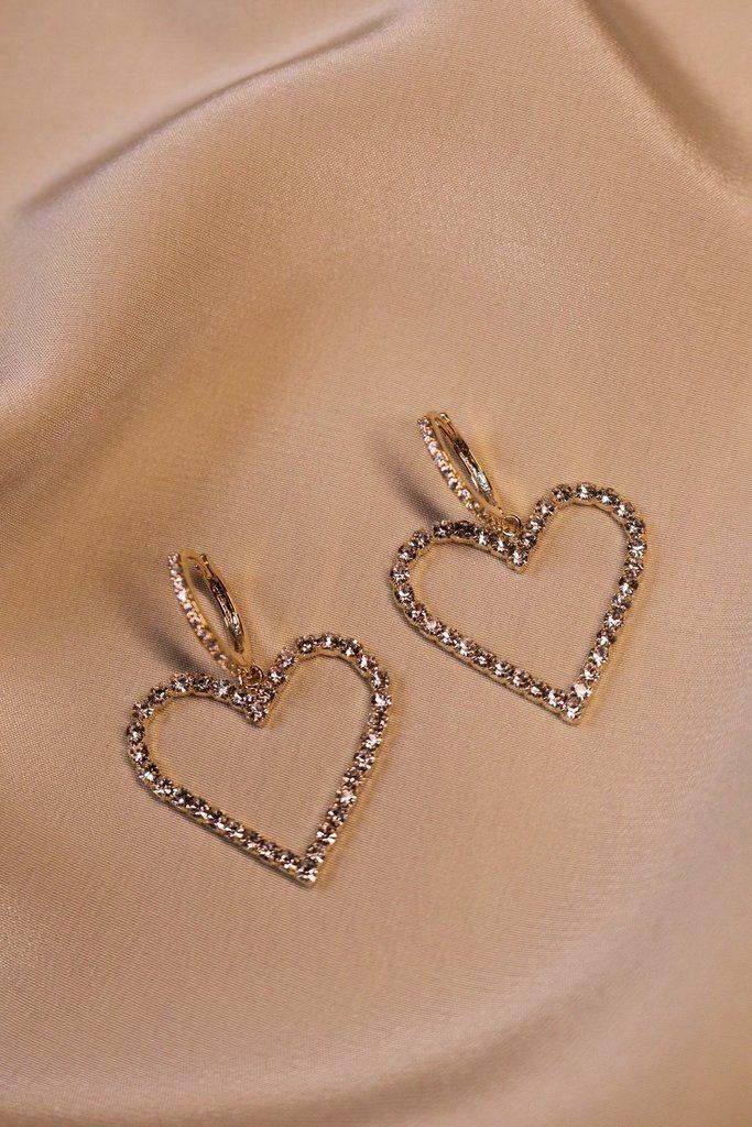 #aus #diamanten #fashionjewelry #herz #ohrringe