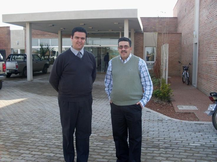 Año 2012: junto a Franciso Rodríguez, Gerente del Hotel Juana de la ciudad de Melo, Cerro Largo.