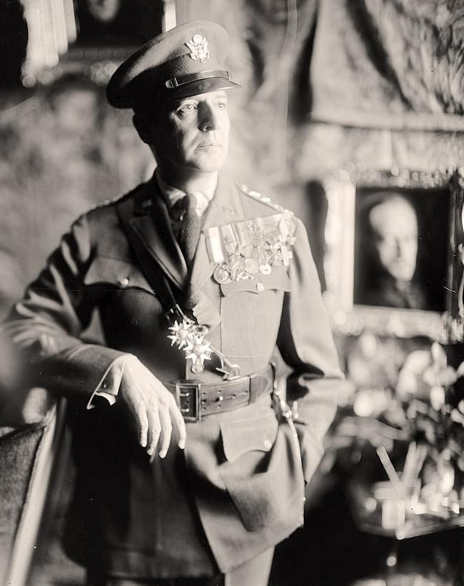 Macarthur, Douglas. General You are viewing a stunning photograph of Macarthur, Douglas. General. It was made between 1905 and 1945 by Harris & Ewing.   The illustration illustrates Macarthur, Douglas. General.