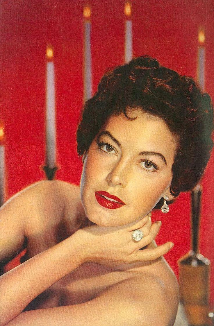 #25 AVA GARDNER > Born Ava Lavinia Gardner Dec 24 1922 N.Carolina, USA > Died Jan 25 1990 (aged 67) London, England, UK > Cause: Pneumonia > Occupation(s) Actress > Years active 1941–1986 > Spouse(s) Mickey Rooney (1942–43); Artie Shaw (1945–46); Frank Sinatra (1951–57).
