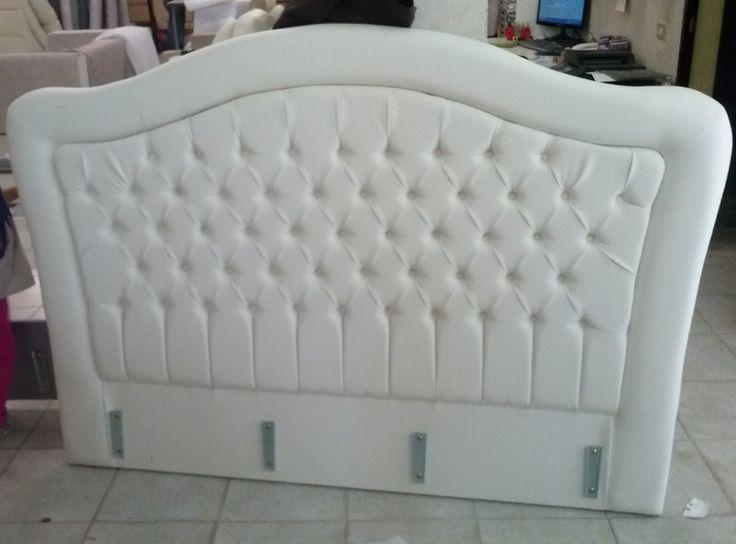 Testata letto imbottita creata su disegno e caratterizzata da una lavorazione capitonn - Testata letto capitonne ...