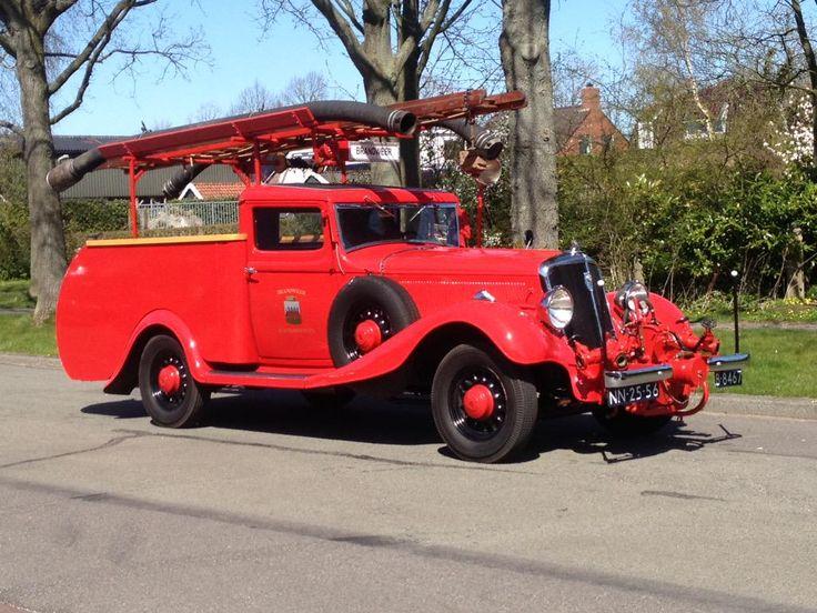 Nog een fraai stukje Friese historie. De Studebaker uit 1933 van brandweer #Buitenpost