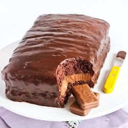 tim tam cake! this could easily cause instant sugar coma. i almost fell into one just by looking at it.