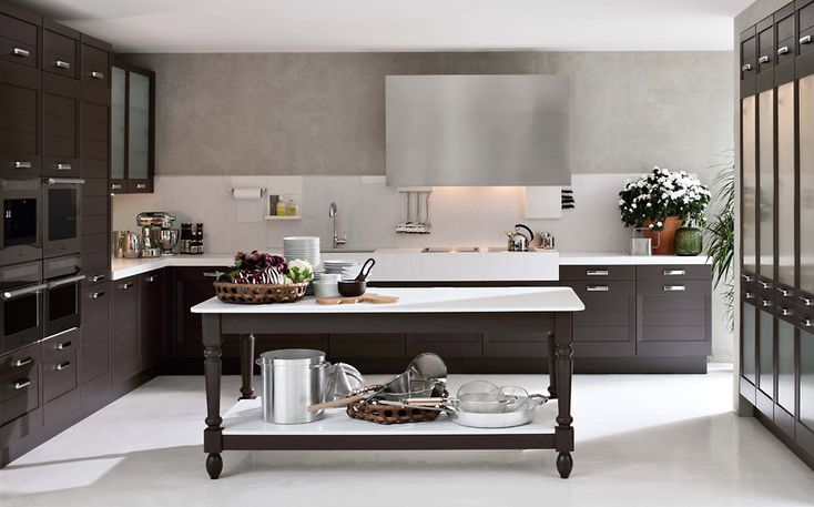 Regula cucina moderna e contemporanea di Elmar
