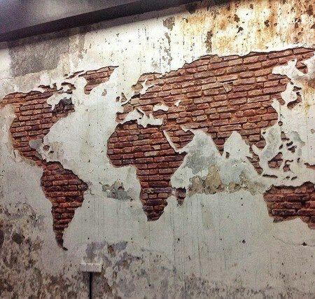 Карта мира... В старом гараже / Декор стен / ВТОРАЯ УЛИЦА