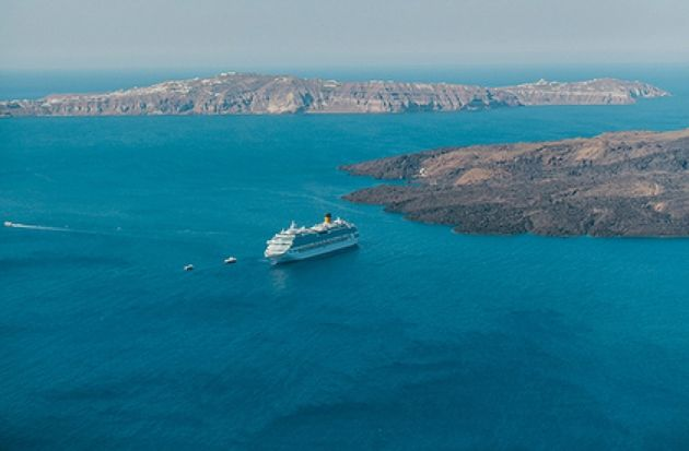 The view is incredible in Santorini!