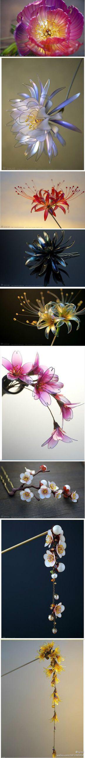 Plastikfaschen Blüten