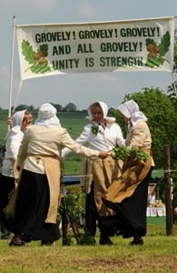The Nitch Ladies dance at Oak Apple Day in Great Wishford