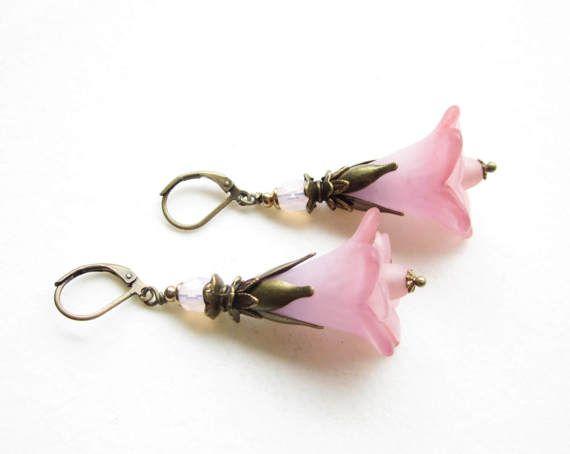 OhrringeearringsLucite Flower EarringsVictorian
