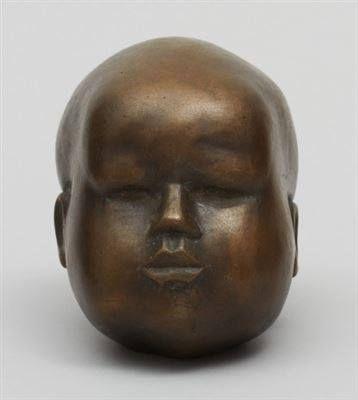 Hertha Maria Lillemor Hillfon, född Forsberg 2 juni 1921 i Härnösand, död 25 oktober 2013 i Hägersten i Stockholm, var en svensk keramiker och skulptör.