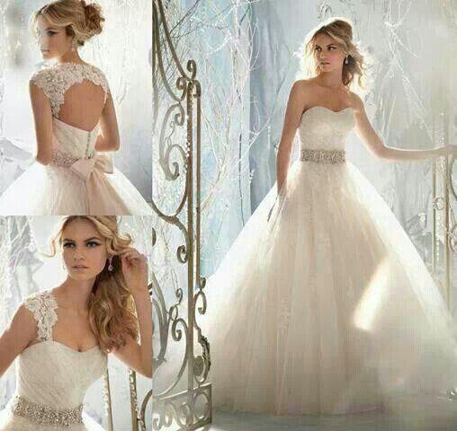 vestido de novia |  vestidos de novia | vestidos de novias  http://riomarfotografosdeboda.com