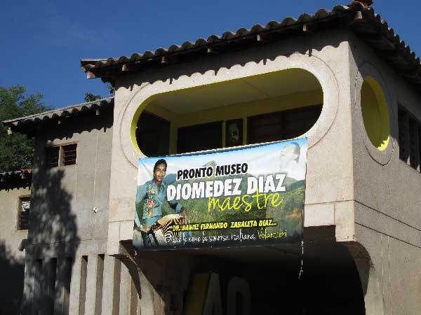 Entre la Junta y Patillal, entre lomas y sabanas, en su natal Carrizal, donde vivió los primeros años de su exitosa existencia, crearán el museo dedicado al cantautor vallenato, Diomedes Díaz Maest...