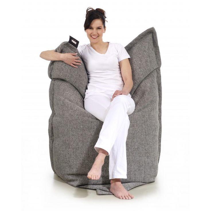 Szukasz designerskiej pufy do leżenia w modnym wzornictwie i kolorystyce. Szukasz mebli dla przestronnych i nowoczesnych wnętrz? Musisz to zobaczyć.