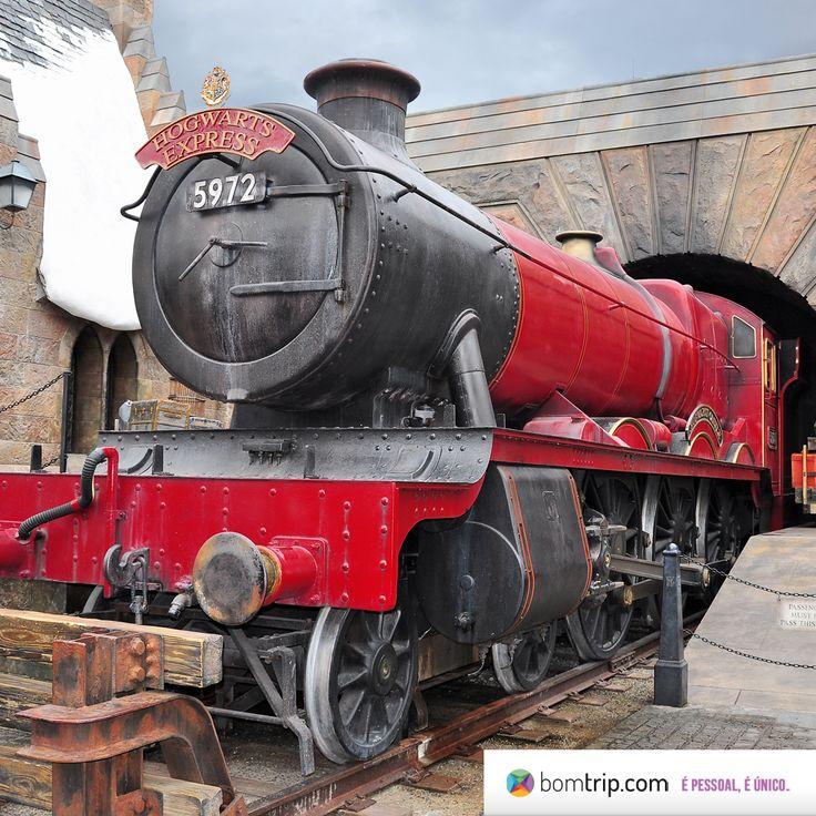 Fãs de Harry Potter, se estiver na Universal Studios Florida, aproveite e pegue um trem para Islands of Adventure! Planeje sua viagem com os especialistas em Florida no www.bomtrip.com, o roteiro é SEU.