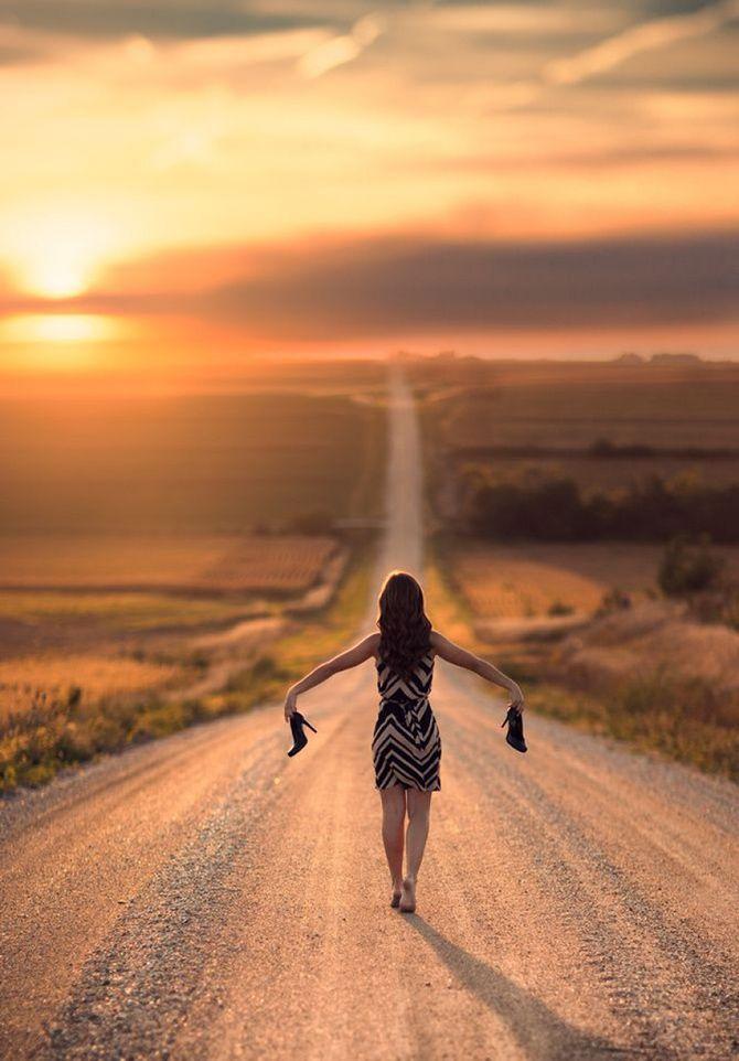Картинки девушка уходит в даль по дороге, анимации будьте счастливы